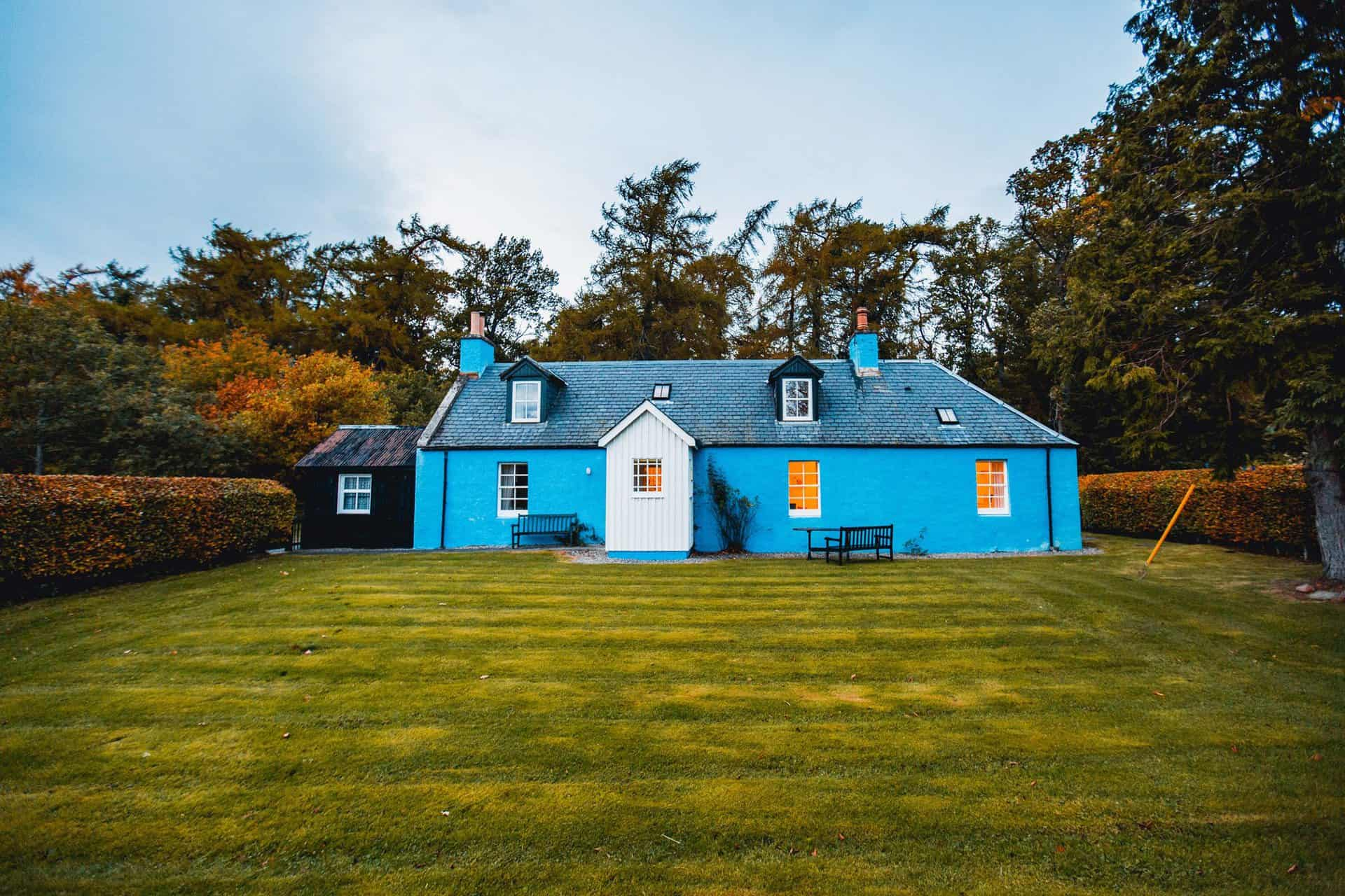 Lochanshelloch Cottage - Holiday Vacation rental at Cawdor Estate